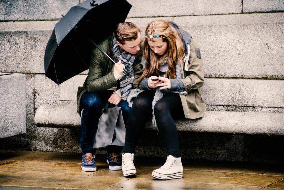 Wat is de ideale leeftijd om een smartphone te bezitten?