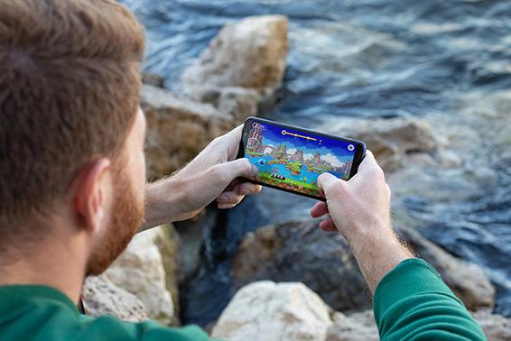 4 razones por las que los usuarios deberían apostar por un smartphone de gama de entrada