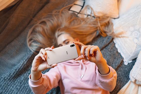 36% dos jovens fez videochamadas com 2 horas de duração (ou mais) durante período de confinamento
