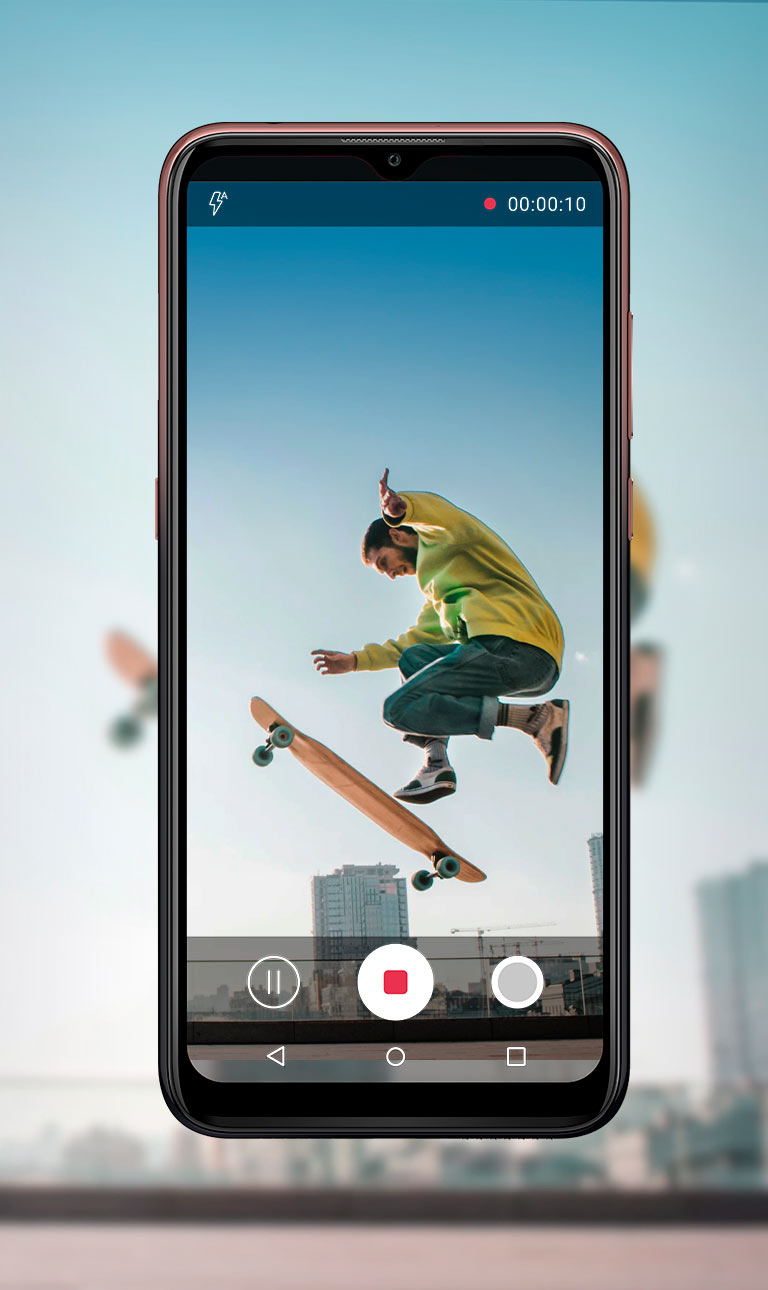 Screenshot video man on a skateboard