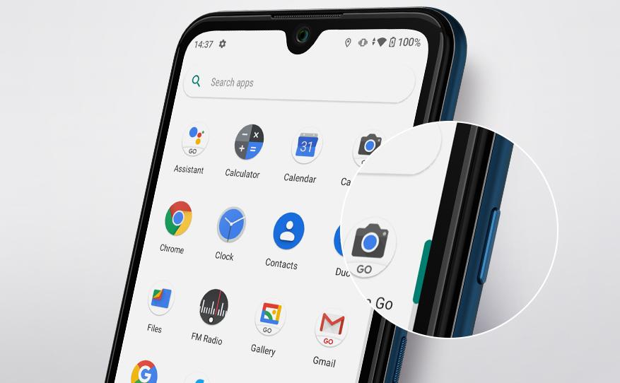 Foco no botão Google Assistant presente na lateral do Y62